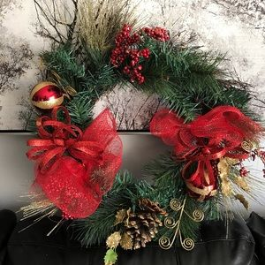 Christmas Holiday Wreath red mesh gold glitter
